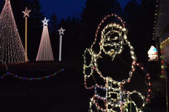 Palmerton Park Christmas Lights 2020 Palmerton light display benefits area food pantry – Times News Online
